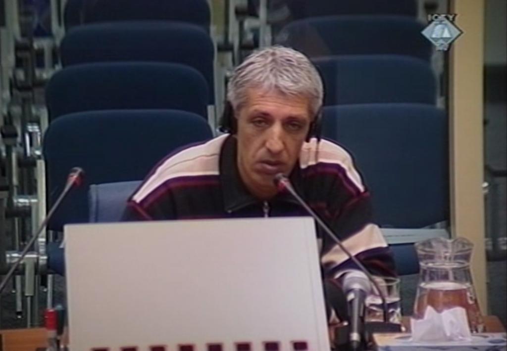 Dževad Došlić svedoči o tretmanu zarobljenika u logoru Manjača 1992. (ICTY TV, 26.02.2003.)