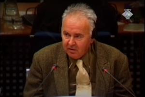 Ibrahim Fazlagić svedoči o proganjanju Muslimana u Banja Luci (ICTY TV, 12.04.2002.)