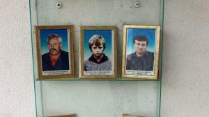 Fotografi të anëtarëve të familjes Miloseviç që u vranë nëSijekovac në mars 1992. Foto: Vladimir Susak/BIRN